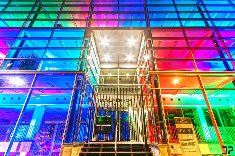 Begijnenhof 4-6 in Eindhoven, kantoor van Fender Advocaten, schitterend verlicht tijdens GLOW Eindhoven 2014.