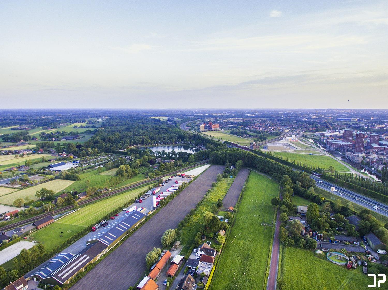 Een blik op Nijkerkerveen, Hoevelaken en Vathorst vanuit de lucht