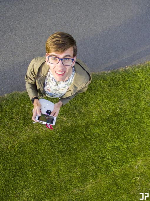 Drone-selfie(dronefie)