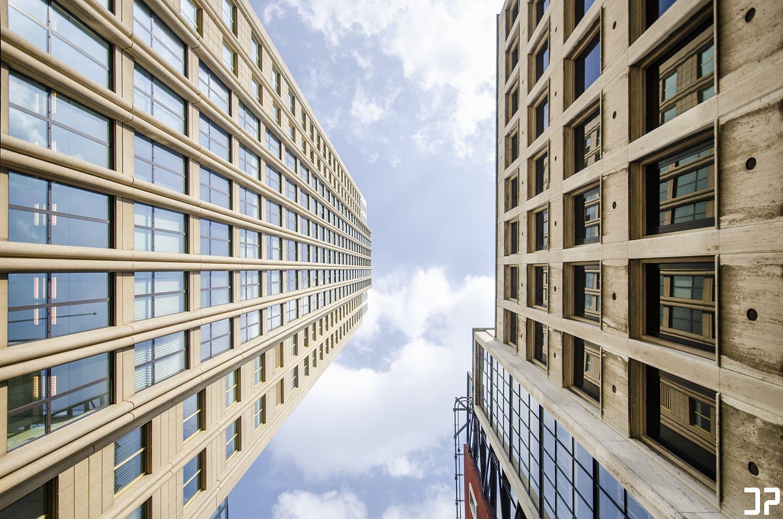 De Coopvaert - Rotterdam / Looking up